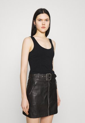 WIRE DETAIL SINGLET - Top - black
