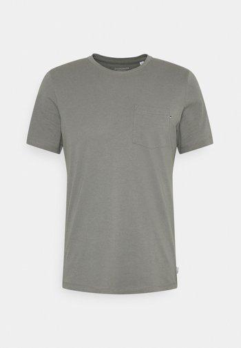 JJEPOCKET  - Basic T-shirt - sedona sage