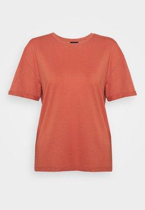 T-shirt basic - bruschetta