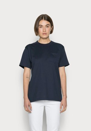 Camiseta básica - smoking