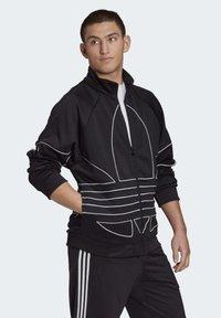 adidas Originals - BIG TREFOIL OUTLINE TRACK TOP - Training jacket - black - 3