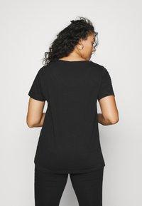 Zizzi - MBARTA - Basic T-shirt - black - 2