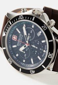 Swiss Military Hanowa - FLAGSHIP RACER - Chronograph watch - green/black/brown - 5
