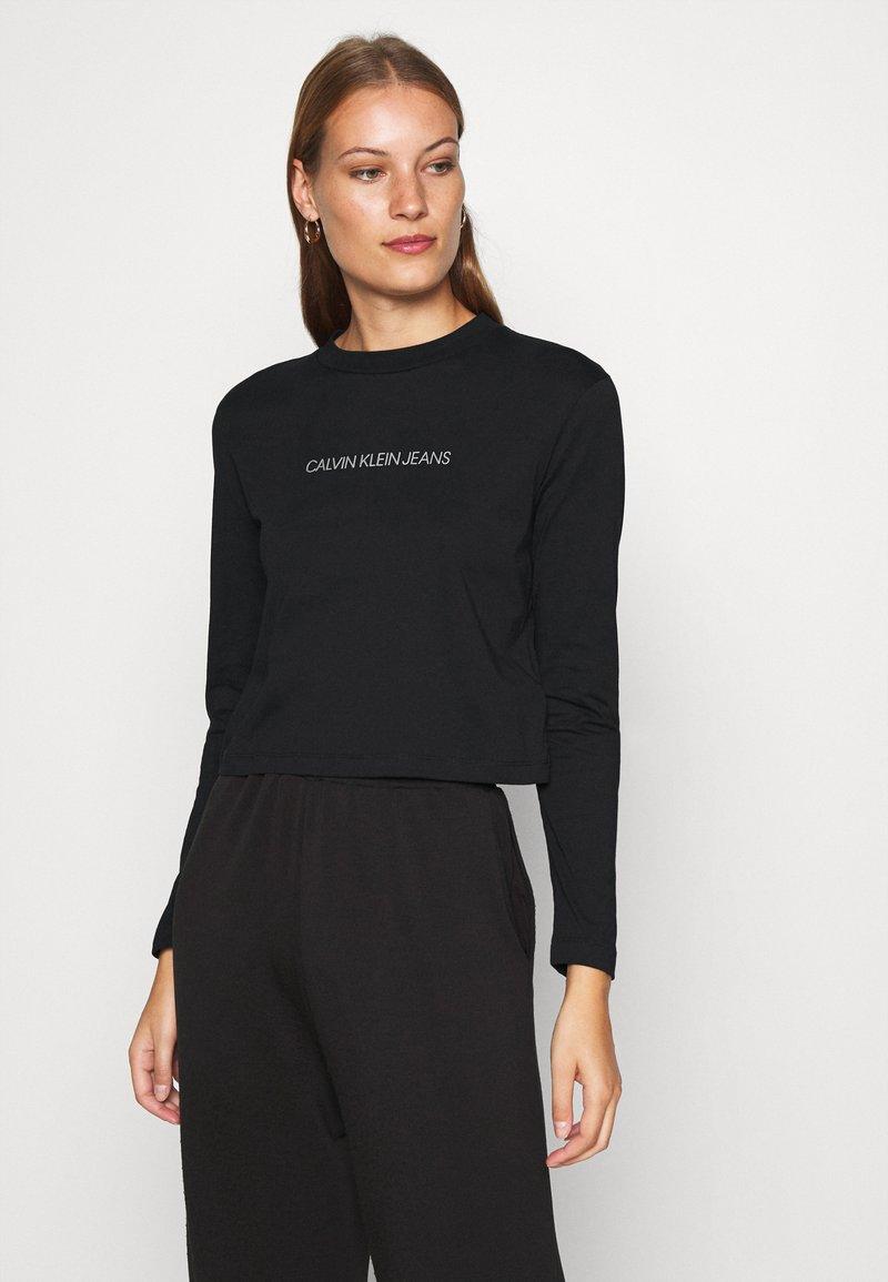 Calvin Klein Jeans - SHRUNKEN INST  - Long sleeved top - black