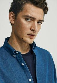 Massimo Dutti - Shirt - dark blue - 2