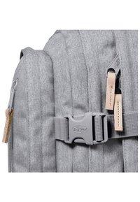 Eastpak - VOLKER CORE SERIES  - Rucksack - light grey - 2