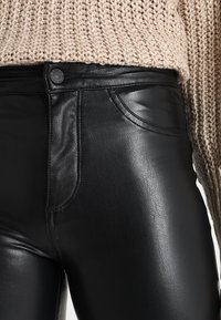 ONLY - ONLCRUSH HIGH WAIST ANKLE PANT  - Trousers - black - 3