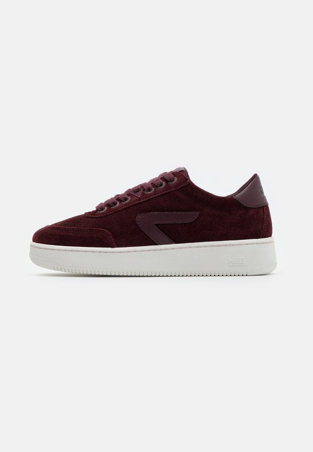 BASELINE - Sneakers - burgundy/offwhite