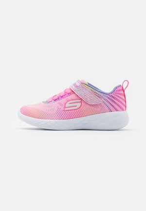 GO RUN 600 SHIMMER SPEEDER UNISEX - Neutral running shoes - light pink/multicolor