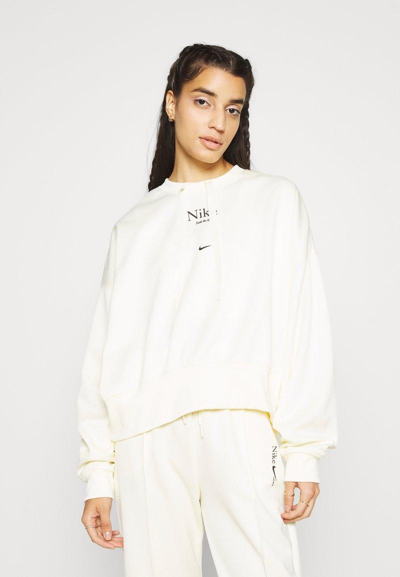 Nike Sportswear - Sudadera - coconut milk