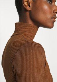 Trendyol - Top sdlouhým rukávem - brown - 5