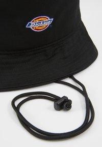 Dickies - RAY CITY LOGO BUCKET HAT - Sombrero - black - 3