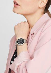 Michael Kors Access - SOFIE - Smartwatch - silver-coloured - 0