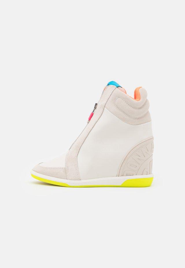 CHRISTI ZIP UP WEDGE - Sneakers hoog - white/neon/multicolor