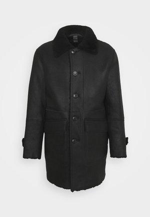 REVERSIBLE COAT - Zimní kabát - black