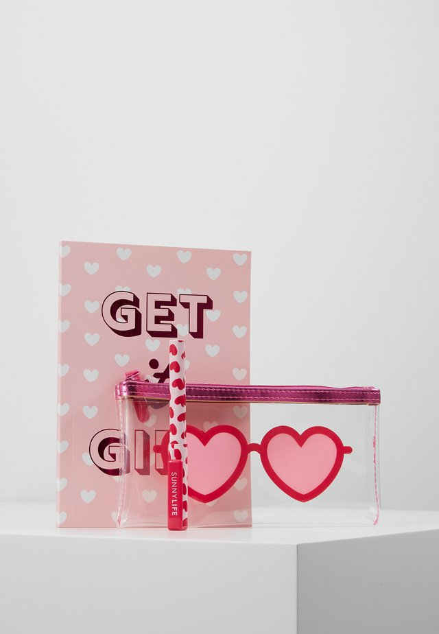 BACK TO SCHOOL KIT - Accessoires - pink