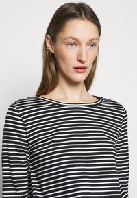 WEEKEND MaxMara - SOPRANO - Long sleeved top - schwarz - 3