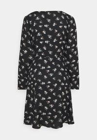 Pieces - PCSILJY DRESS - Day dress - black - 7