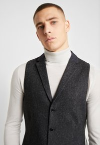 Twisted Tailor - SNOWDON WAISTCOAT - Waistcoat - charcoal - 3