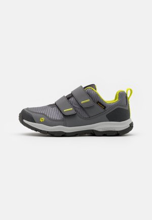 MTN ATTACK 3 TEXAPORE LOW UNISEX - Hiking shoes - grey/lime