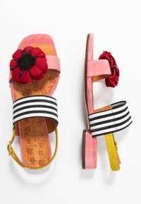 Chie Mihara - TIDA - Sandals - cherry/rojo/curry - 3