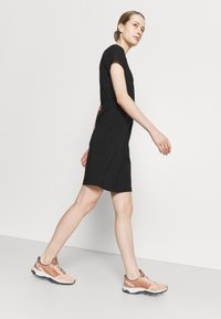 The North Face - NEVER STOP WEARING DRESS - Sports dress - black - 3