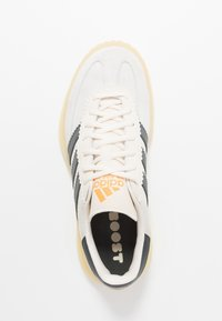 adidas Performance - SPEZIAL BOOST - Indoorskor - orange tint/core white/grey six - 1