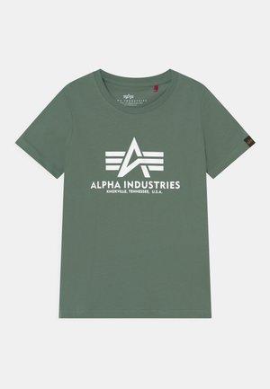 BASIC KIDS TEENS - Print T-shirt - ivy green
