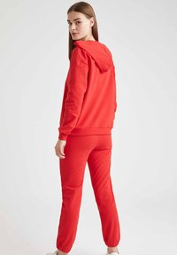 DeFacto - Tracksuit bottoms - red - 1