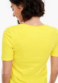 s.Oliver - Basic T-shirt - yellow - 3