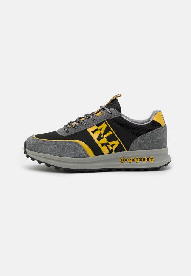 SLATE - Sneaker low - dark grey solid