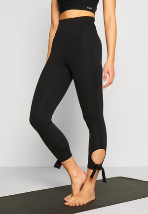CUT OUT LEGGING - Punčochy - black