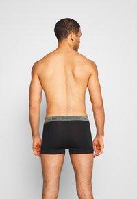 Calvin Klein Underwear - TRUNK 3 PACK - Shorty - blue/wild fern/raisin torte - 1