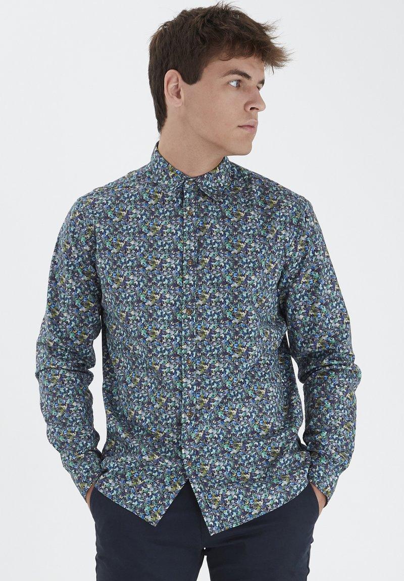 Tailored Originals - TORAERS - Camisa - insignia b