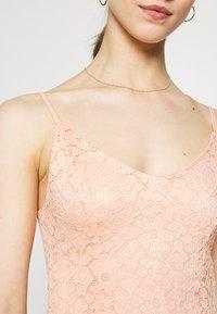 ONLY - ONLNEW ALBA SMOCK MIX DRESS - Koktejlové šaty/ šaty na párty - peach melba - 4