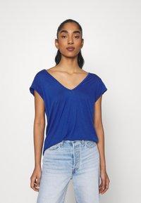 Vila - Basic T-shirt - mazarine blue 1 - 0