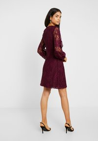 Missguided Tall - PLUNGE BUTTON FLARE DRESS - Juhlamekko - plum - 3