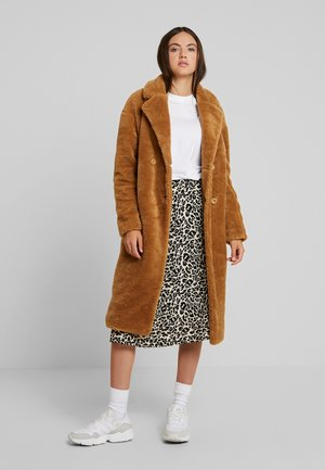 Zimní kabát - loam