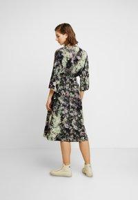 Monki - LOLLO DRESS - Denní šaty - multi-coloured - 3