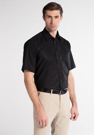 REGULAR FIT - Shirt - schwarz