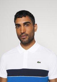 Lacoste Sport - RAINBOW STRIPES - Poloshirt - blanc /vert/bleu/bleu marine - 3