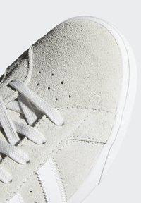 adidas Originals - BASKET PROFI SCHUH - High-top trainers - white - 6