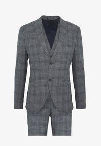 Isaac Dewhirst - BLUE CHECK 3PCS SUIT SUIT - Suit - blue - 0