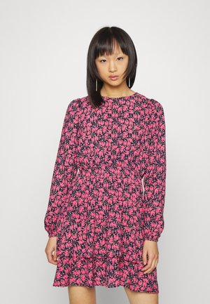 VMVILBA O NECK DRESS - Day dress - navy blazer/hot pink