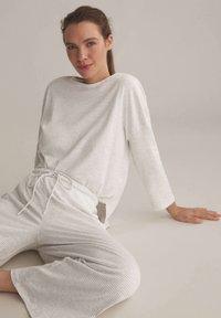OYSHO - Pyjama bottoms - light grey - 3