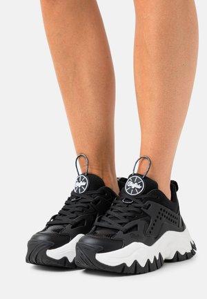 VEGAN TRAIL ONE - Sneakers - black