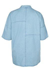 Zizzi - Short coat - light blue denim - 3