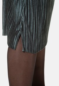 Ulla Popken - A-line skirt - helles petrolgrün - 3
