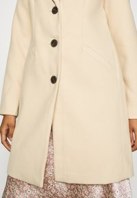 Vero Moda - VMCALACINDY - Zimní kabát - mahogany rose - 5