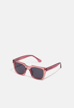 NANCY - Sunglasses - soft red transparent